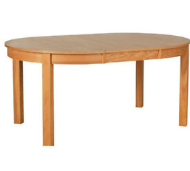 Collection Massey Extendable 4 - 6 Seater Table - Oak Effect