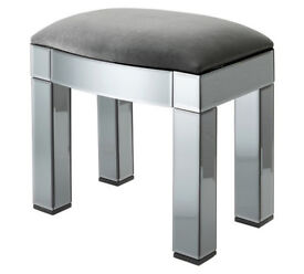 Heart of House Canzano Stool - Mirror
