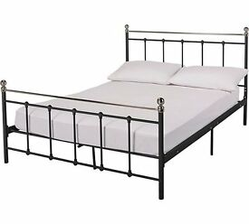 kingsize black metal bedframe