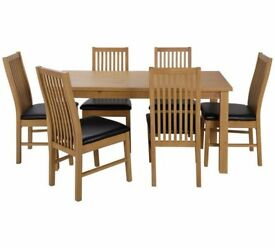 Ex display Ashdon Solid Wood Table & 6 Paris Chairs - Black