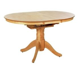 Ex Display Kentucky Extendable Solid Wood 4 Seater Table