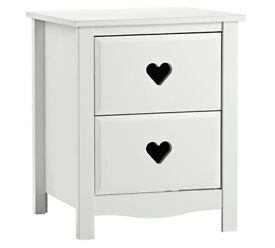 Ex display Mia 2 Drawer Bedside Chest - White