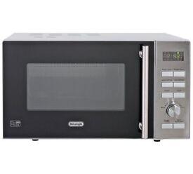 De'Longhi 900W Standard Microwave P90D - Stainless Steel