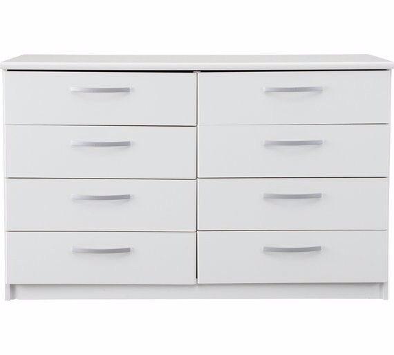 Ex-display Hallingford 4+4 Drawer Chest - White