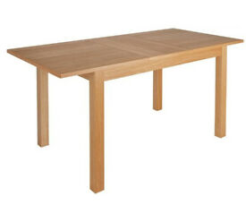 Clifton Extendable Oak Veneer 4-6 Seater Table