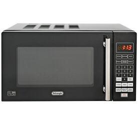 De'Longhi 800W Standard Microwave P80Q7A - Black
