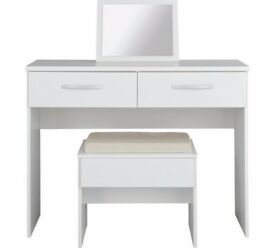 New Hallingford Dressing Table,Stool,Mirror-White