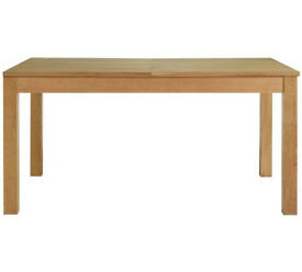 Hampshire Ext Oak Vnr 6-8 Seater Table - Natural