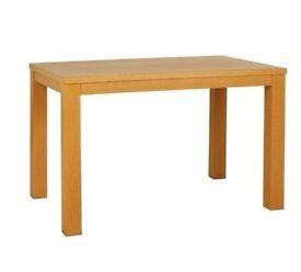 6 Seater Oak Veneer Dining Room Table