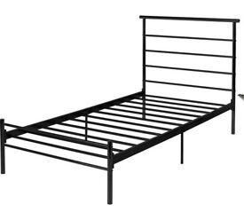 SINGLE BLACK METAL BED FRAME