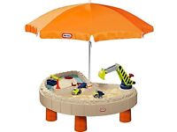 Little Tikes builders bay sand and water table play set