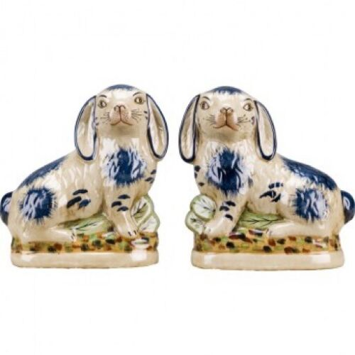 Staffordshire Reproduction Pair of Blue & White Rabbits/Bunnies/Bunnys, Set of 2