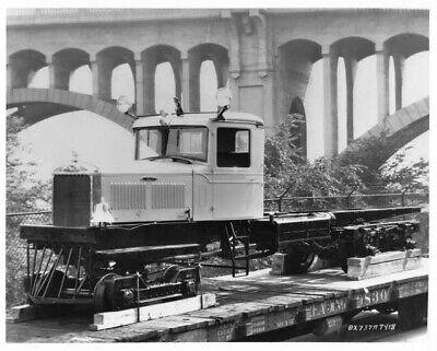 1937 Mack BX Rail Car Truck Press Photo - Truck Press