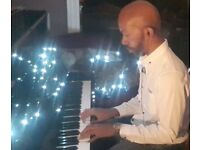 Pianist available for live performances