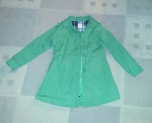 Gymboree green trench coat size 5-6.