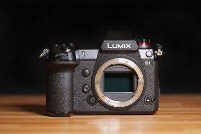 Panasonic LUMIX DC-S1 24.2 MP Camera Body Only w/ Extra Battery