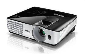 full HD projector plus stand - for large HD/SmartTV / Mac Mini