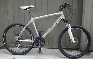 2009 Rocky Mountain Metro 10 D XC Mountian Bike 20""