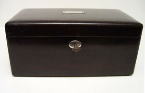 EXCEPTIONAL ANTIQUE WOODEN POKER CHIP CHEST w. KEY