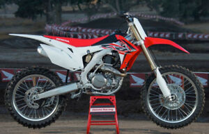 Wanted looking for CRF 250 or 450 engine,.