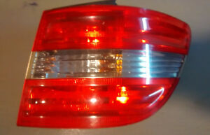 MERCEDES-BENZ B200 FEU ARRIÈRE DROIT RIGHT TAIL LIGHT A169820037
