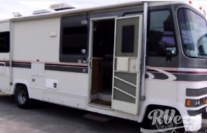 Class A Motor Home - Fall/Winter Camping Available!