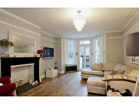 SPACIOUS GARDEN FLAT / LARGE RECEPTION / SEPARATE KITCHEN / 2 DOUBLE BEDROOMS / DECKED GARDEN