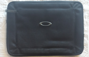 "BRAND NEW 14.6"" OAKLEY LAPTOP / TABLET SLEEVE"