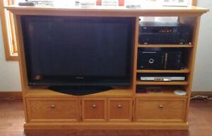 Oak TV and Entertainment Unit