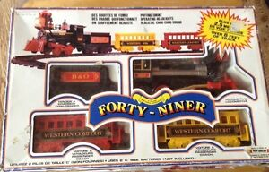 BATTERY OPERATED TRAIN SET FORTY-NINER 1989 SCIENTIFIC TOYS