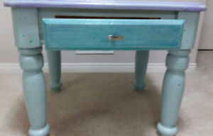 HAND PAINTED SOLID OAK END TABLE Cambridge Kitchener Area image 4