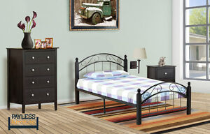 NEW ★ Twin Bed ★ Can Deliver ★ Metal platform / Wood posts