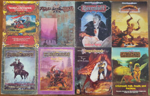DUNGEONS & DRAGONS BOX SETS NO BOX