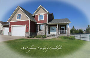 5 Bedroom Coaldale Home with Triple Garage!