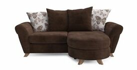 DFS SOFA AND TWO CHAIRS!!£600 or very nr offer !!NOT REDUCED TO £500 !! THIS WEEKEND