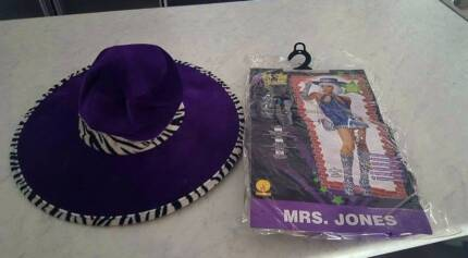 Lady's costume dress and matching hat