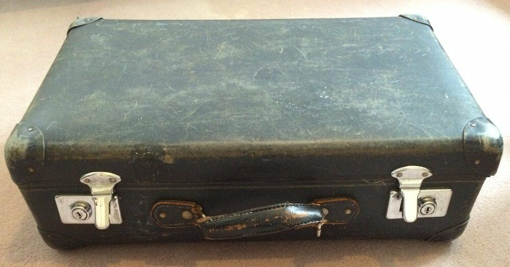 Vintage Globetrotter Suitcase - Small - with keys! | in Juniper ...