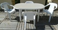 White Resin Patio Table & Four Rubbermaid Chairs