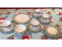 Vintage Aynsley Oak Leaf Part Tea Set 19 Piece