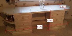 Vanity Unit/Dresser