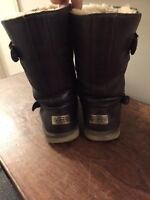 UGG CUIR BRUN - BROWN LEATHER UGG SIZE 9