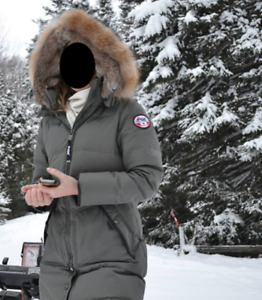 Women's PAJAR Canada Cougar Military Parka (size M)