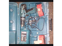 Makita cordless 18V drill TWO BATTERIES !! With charger