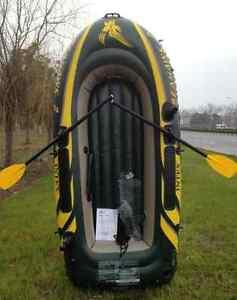 Inflatable boat;  intex seahawk 3;    $85