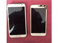 Samsung Galaxy S5 and Samsung Galaxy Note 2 together