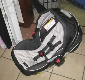 Graco Infant Car Seat Up To 35lb With Baseexpir Dec
