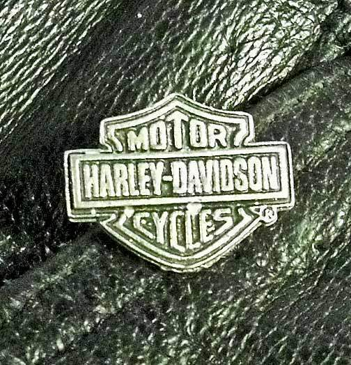Classic Harley Davidson Bar & Shield Motorcycle Eagle Biker Jacket Vest pin 1011