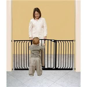 Dream Baby Wide Swing Closed Child Pet Pressure Safety