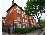 FABULOUS Three double bedroom property, recently renovated and short walk from Vauxhall!!