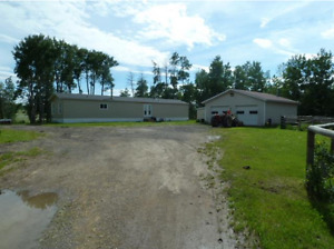 NEW LISTING 10.01 Acres 20 Minutes from Beaverlodge